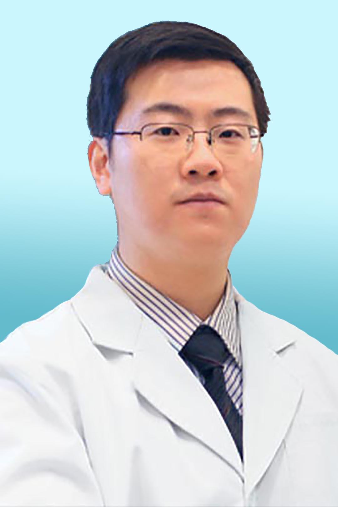 Врач рефлексотерапевт Гань Цзюньда