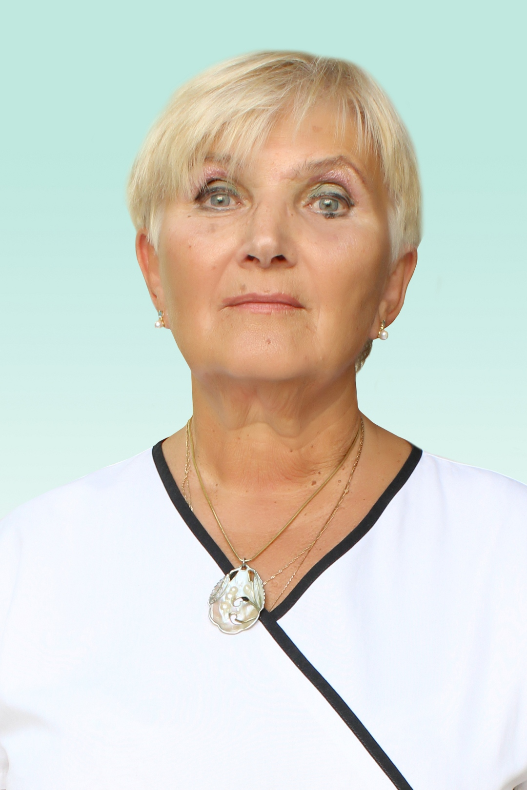 Врач акушер-гинеколог Клюшева Антонина Александровна