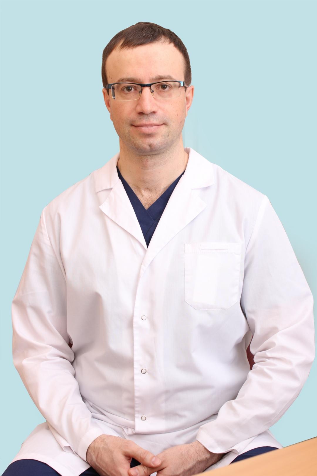 Врач сосудистый хирург, флеболог, врач УЗИ Толстов Павел Аександрович